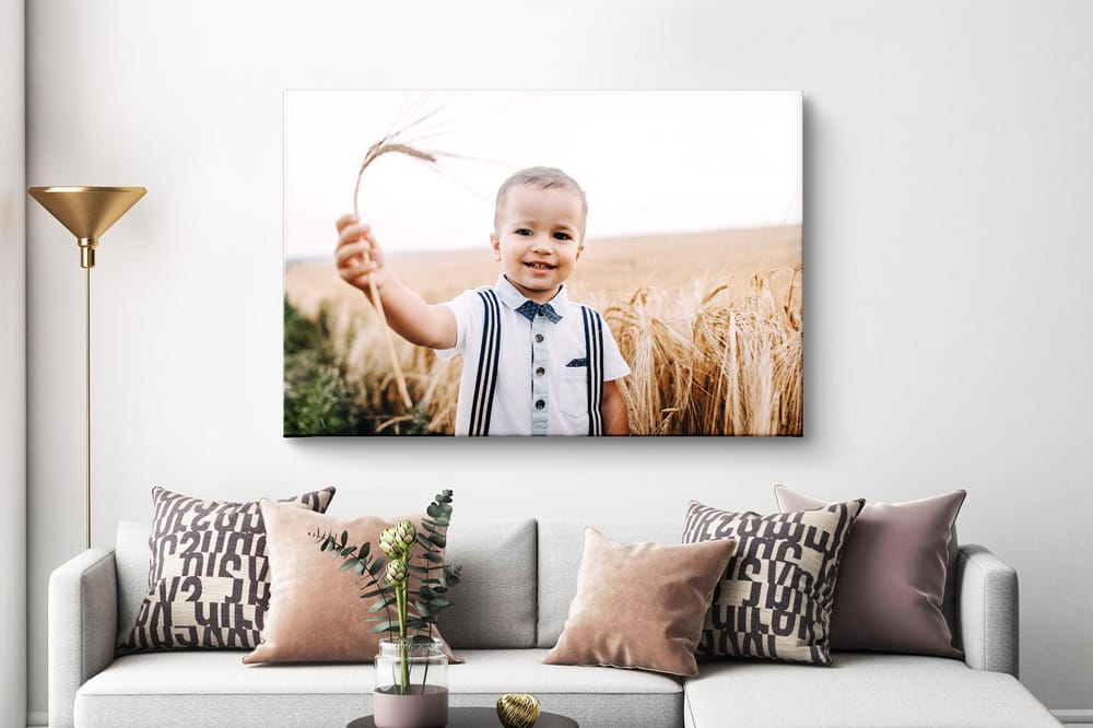 Photo on canvas correctly hung