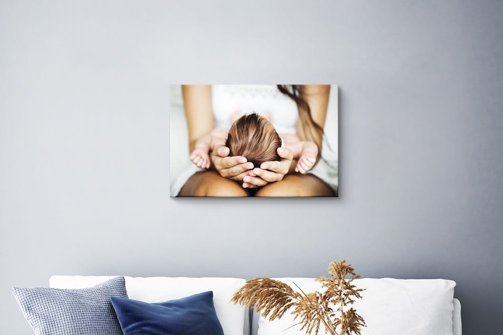 Small Canvasprint on the wall